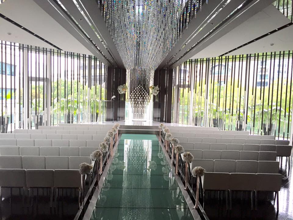 名古屋市内結婚式場イス張替